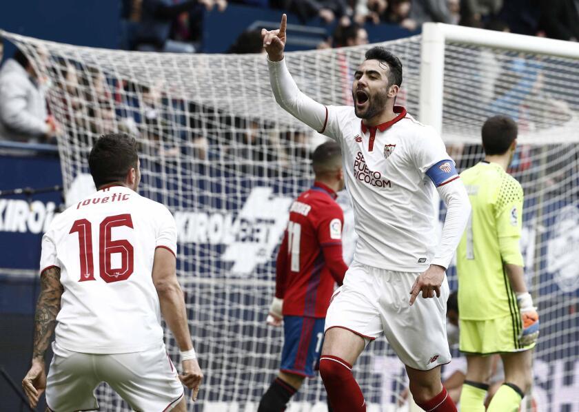 Sevilla no desaprovecha oportunidad y sigue sumando en La Liga.