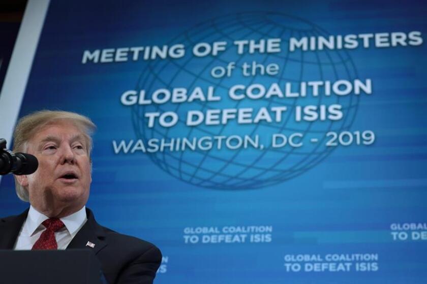 El presidente de los EE.UU., Donald J. Trump, participa en la Reunión de Ministros de Relaciones Exteriores de la Coalición Internacional Contra Estado Islámico este miércoles, en el Departamento de Estado de EE. UU., Washington (EE.UU.). EFE