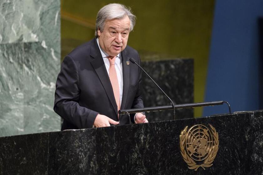 Fotografía cedida por la ONU donde aparece su secretario general, António Guterres, interviniendo durante la apertura del acto con el que Naciones Unidas festeja el Día Internacional de la Mujer hoy, jueves 8 de marzo de 2018, en la sede del organismo en Nueva York (EE.UU.). EFE/Manuel Elias/ONU/SOLO USO EDITORIAL