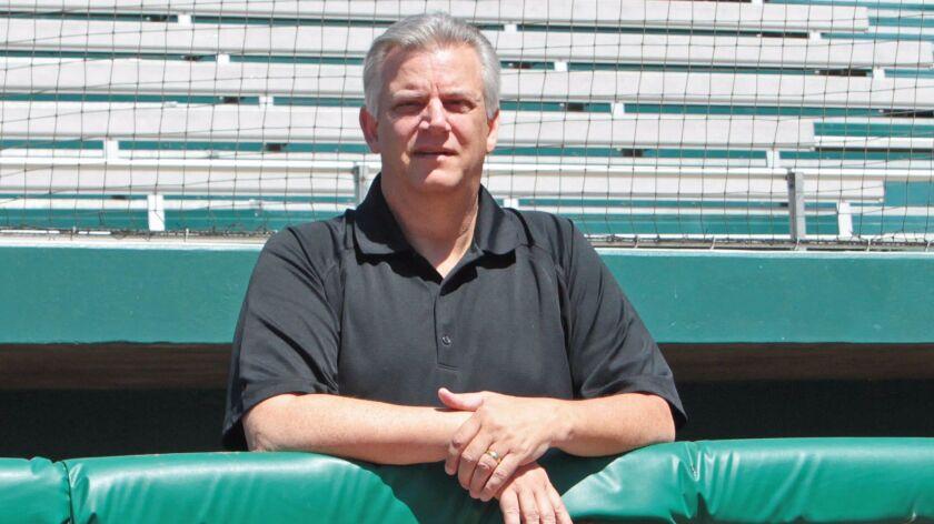Dennis Snelling