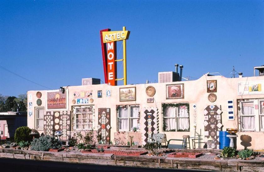 Fotografía cedida por la librería del Congreso/National Trust for Historic Preservation (NTHP), del motel Azteca situado en la Ruta 66, en Albuquerque, Nuevo México (EE.UU.). EFE/Librería del Congreso/NTHP/SOLO USO EDITORIAL/NO VENTAS