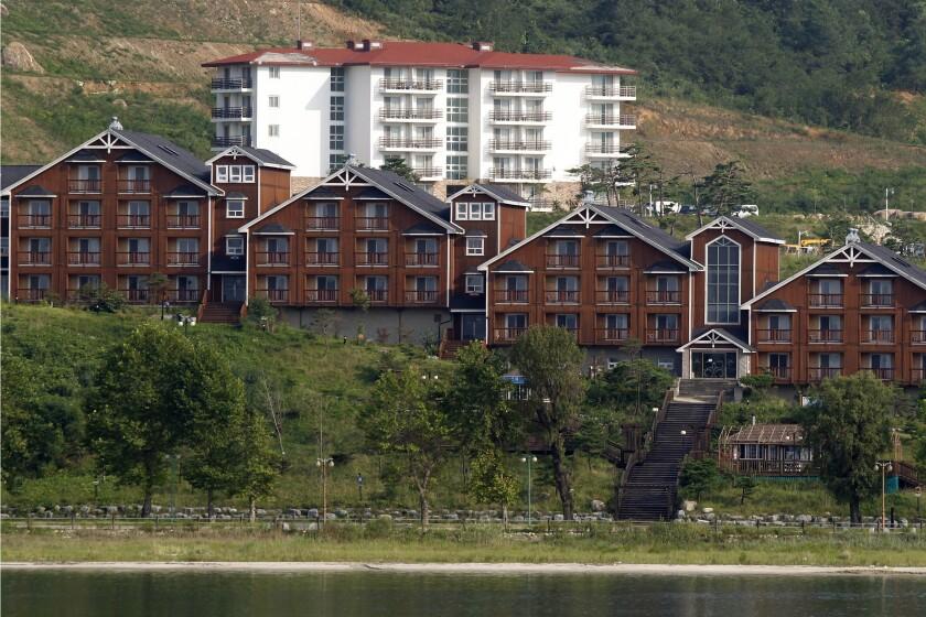 North Korea Koreas Diamond Mountain