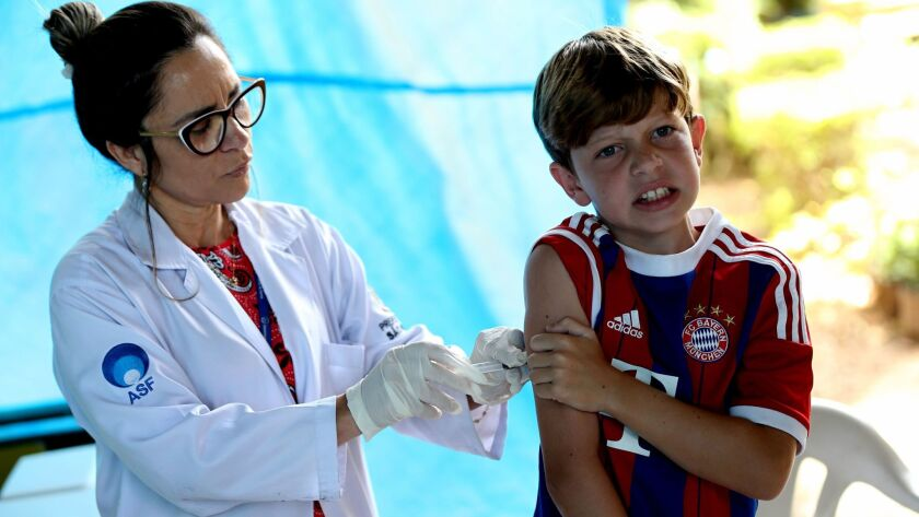 Brazil starts vaccination campagin against yellow fever, Sao Paulo - 10 Jan 2018