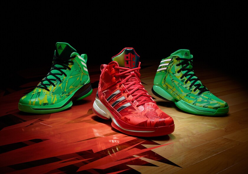 A look at Dwight Howard's new shoes.