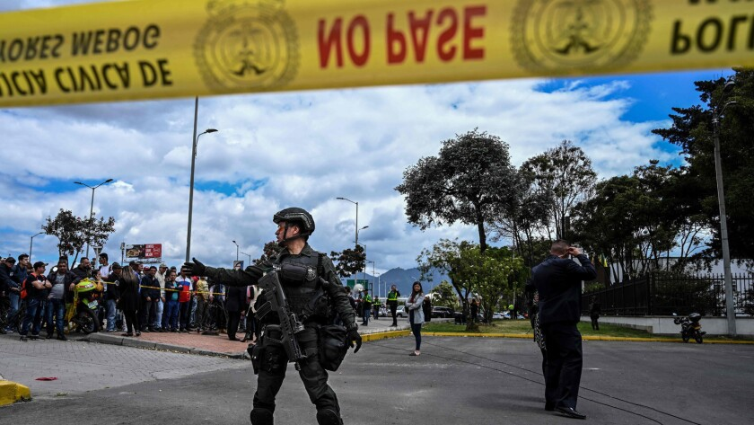 TOPSHOT-COLOMBIA-EXPLOSION-CAR BOMB