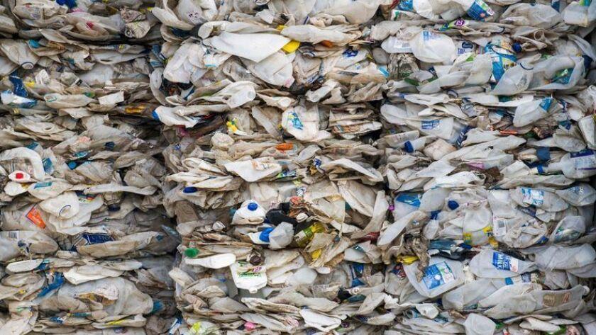 El Convenio de Basilea es un acuerdo internacional sobre el control de los movimientos transfronterizos de los desechos peligrosos y otros desechos