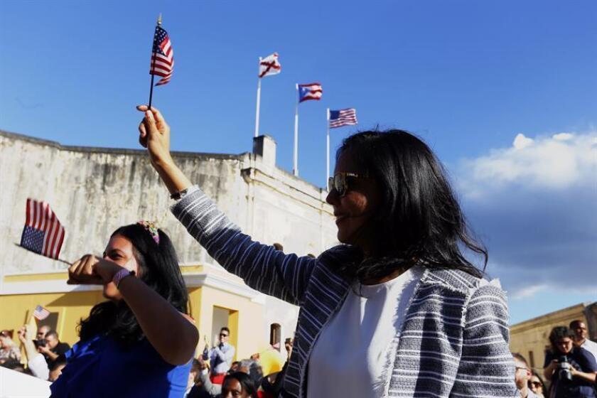 Las mujeres en Puerto Rico superan a los hombres en salario medio, el único territorio de EE.UU. donde se da ese fenómeno, aunque la discriminación continúa todavía con retribuciones inferiores para el mismo puesto de trabajo. EFE/Archivo
