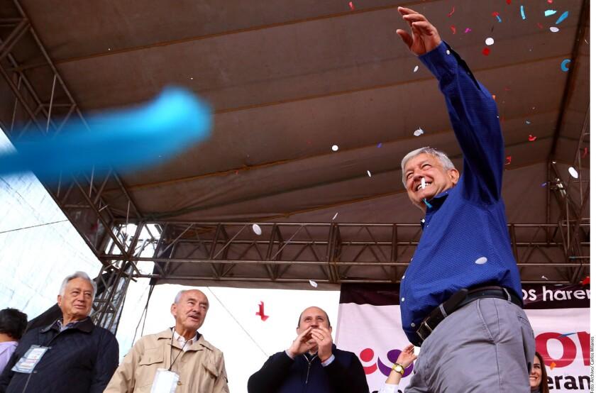 Andrés Manuel López Obrador reconoció el apoyo ofrecido a su candidatura por parte del nieto de Elba Esther Gordillo, René Fujiwara.