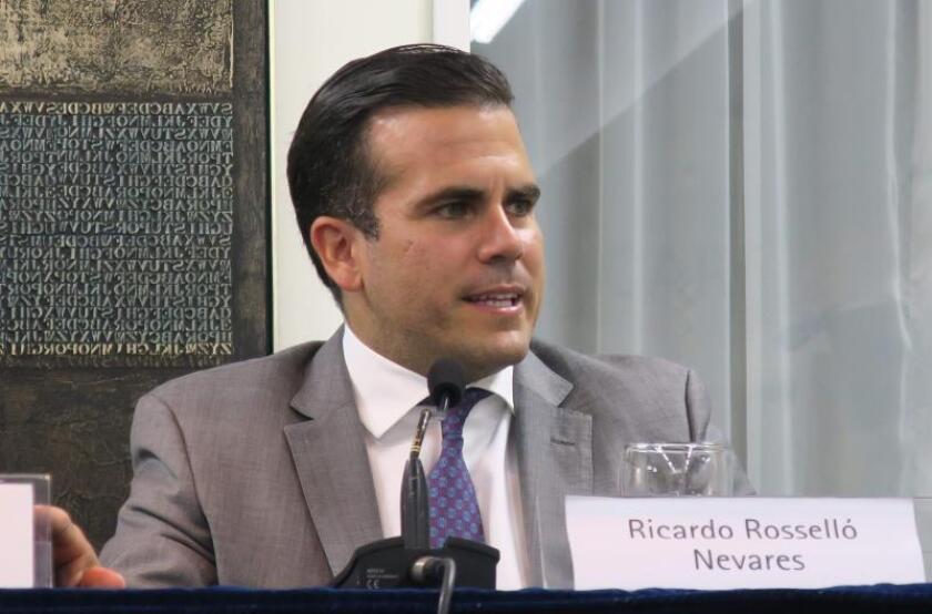 El gobernador de Puerto Rico, Ricardo Rosselló, participa en una conferencia de prensa. EFE/Archivo