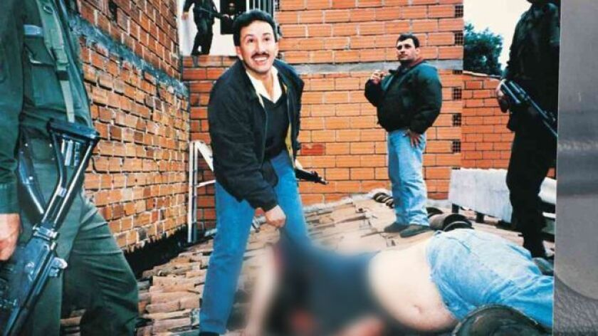 Las autoridades colombianas lo capturaron en su domicilio bajo cargos de enriquecimiento ilícito, lavado de activos y colaboración con paramilitares.