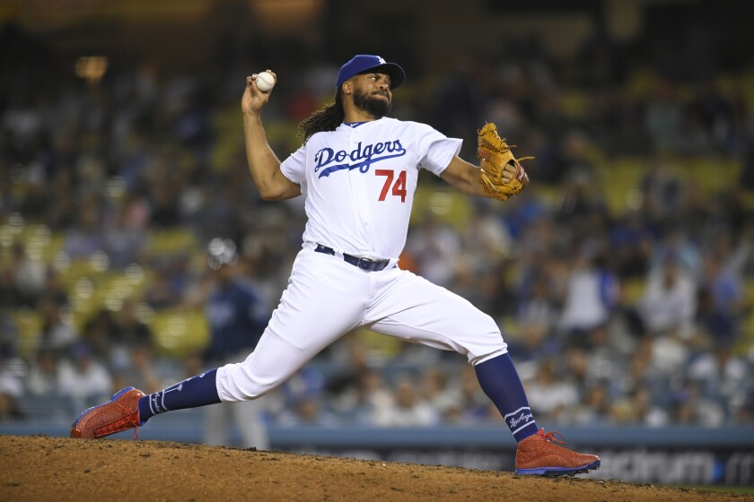 Kenley Jansen delivers a pitch against the Rays.