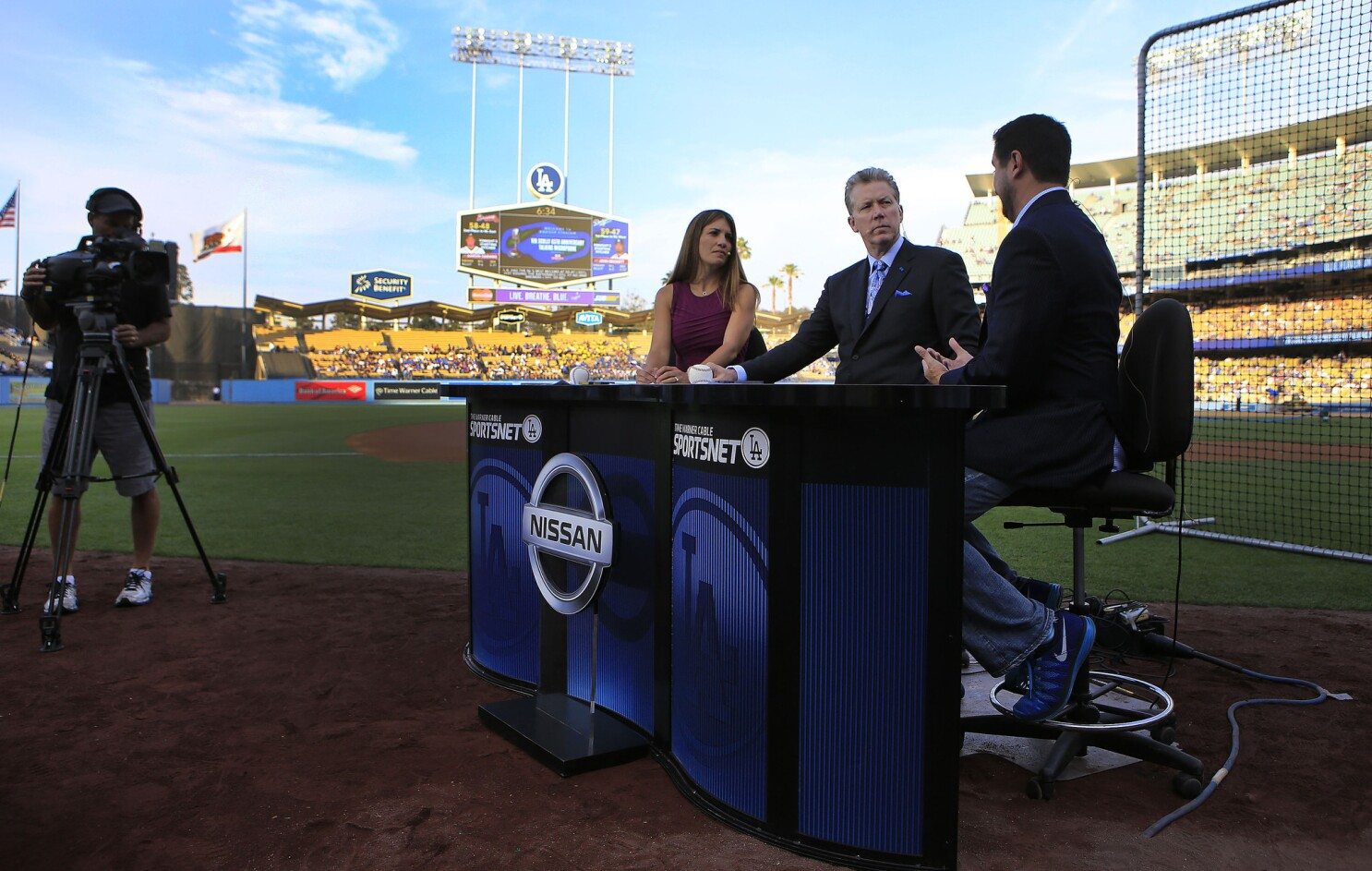bb4d95ee Column: Arrogance and greed are keeping Dodgers fans in a TV ...