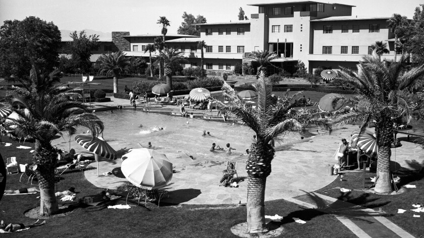 The Flamingo's original pool, pictured in 1952, was modest by today's standards. It has been replaced by a large complex that includes a much larger pool and the resort's Wildlife Habitat.