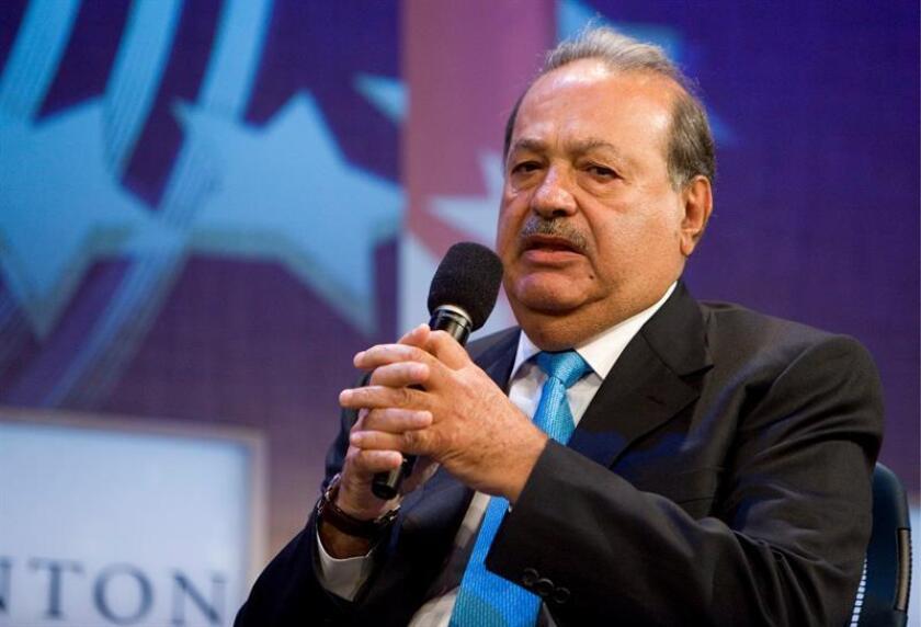 """El presidente del Grupo Carso S.A., Carlos Slim Hel, durante su intervención en la quinta reunión anual de la fundación """"Clinton Global Initiative"""", en Nueva York, Estados Unidos, el jueves 24 de septiembre de 2009. EFE/Archivo"""
