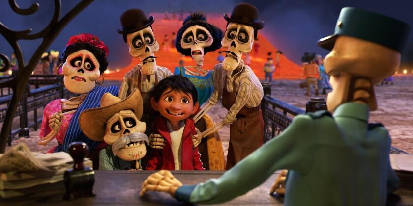"""Una escena de """"Coco"""", la cinta animada que ha tenido un éxito arrollador en Mexico, y que se estrena esta semana en salas de EE.UU."""