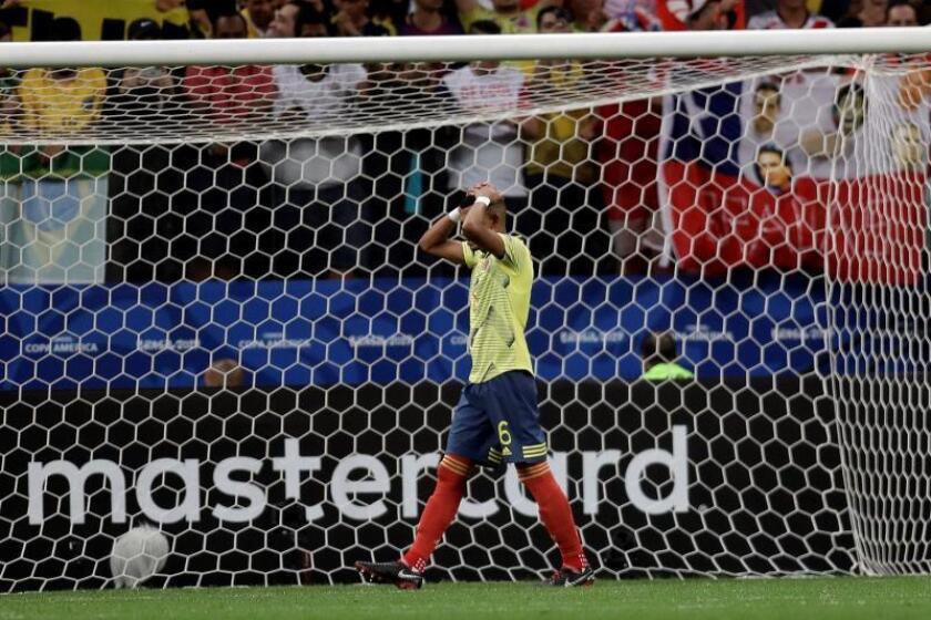 Colombiano Tesillo se reporta al León tras amenazas por fallo en Copa América