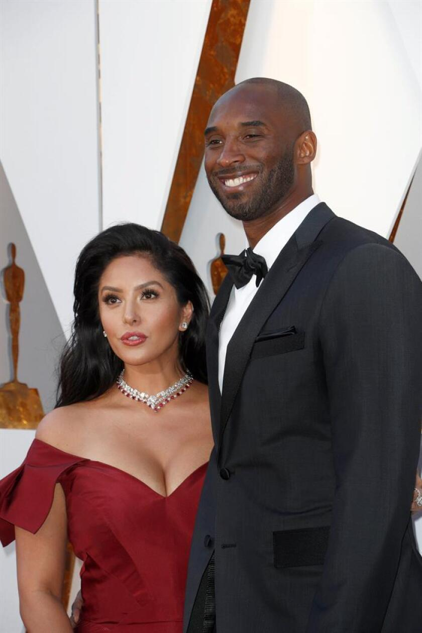 Kobe Bryant (R) and Vanessa Laine Bryant arrive for the 90th annual Academy Awards ceremony at the Dolby Theatre in Hollywood, California, USA, 04 March 2018. EFE