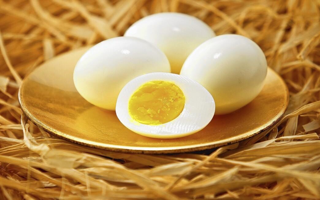 Hard-boiled eggs
