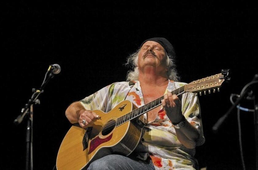 Concert Review: Duo evoke the '60s folk spirit