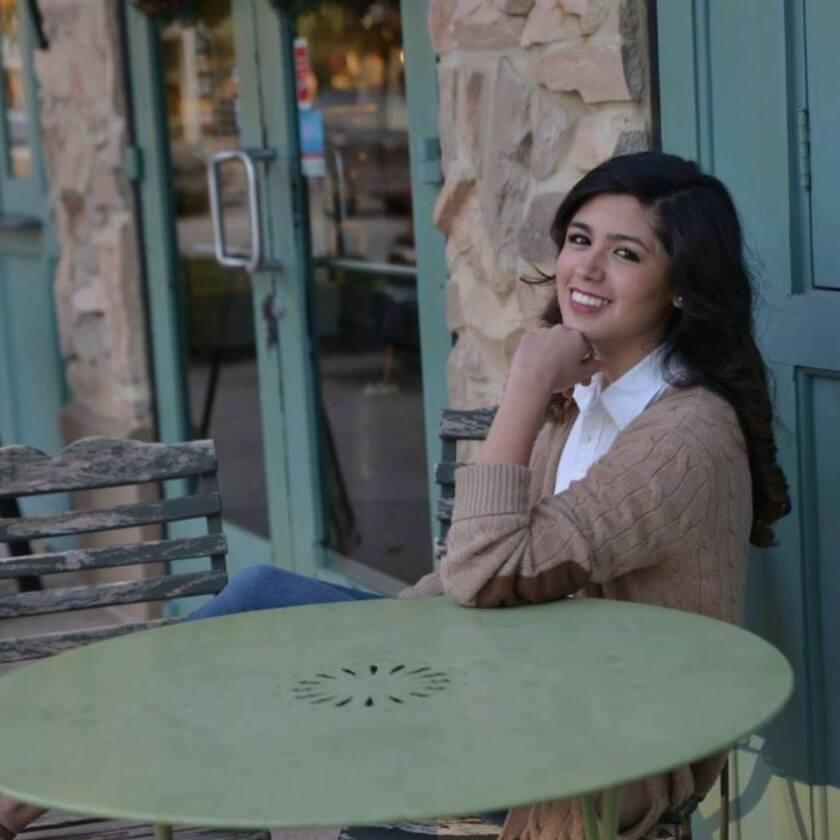 Ante toda su generación, Larissa Martínez reveló ser una de las 11 mil personas que residen en Estados Unidos sin documentos.