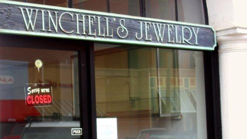 Winchells-Jewelry-closed-1-FI