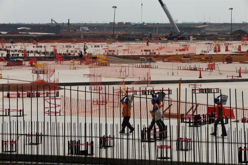Fotografía del 14 de marzo de 2018, que muestra la construcción del Nuevo Aeropuerto Internacional (NAIM), en el municipio de Texcoco, en el estado de México (México). EFE