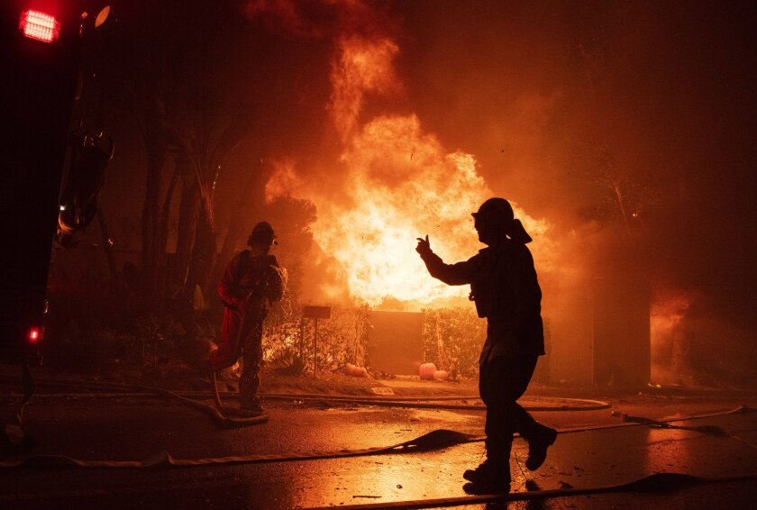 APphoto_California Wildfires Blackout