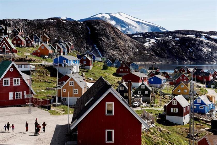 La primera ministra danesa le dice a Trump que Groenlandia no está en venta