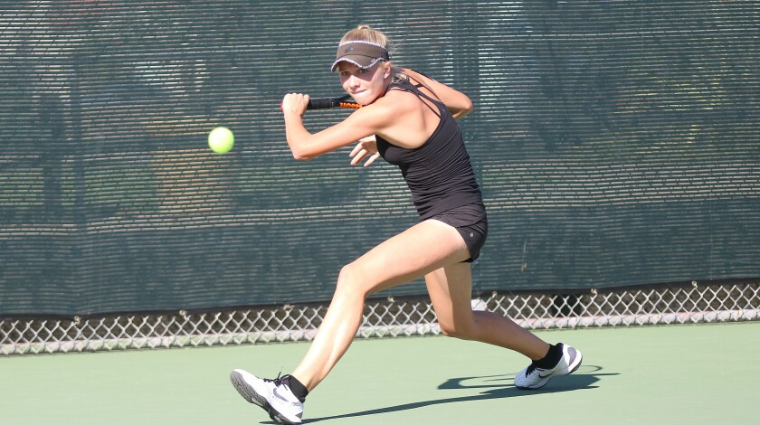 Sophomore Lyna Fowler was part of CCA's singles contingent.