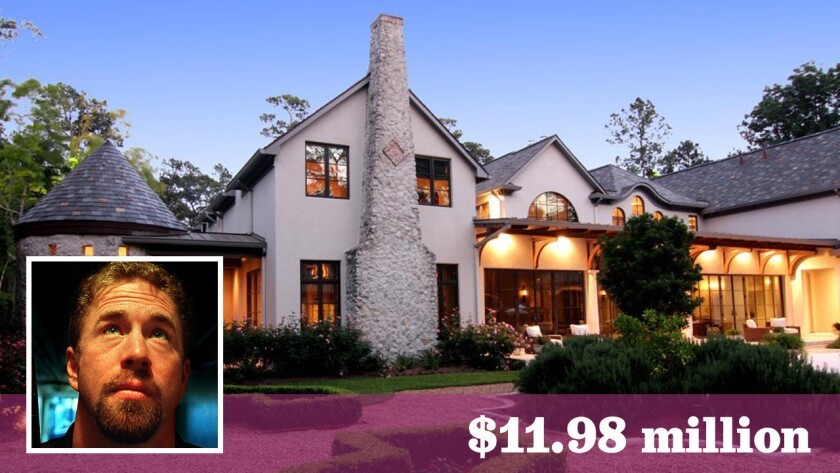 The longtime Astros first baseman had asked as much as $15 million for the 16,414-square-foot home.