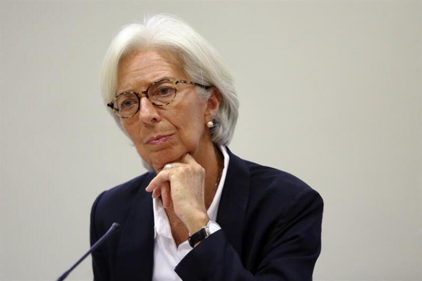"""Para el organismo dirigido por Christine Lagarde, según el reporte, """"Argentina está experimentando una recuperación sólida tras la recesión del pasado año y pese a la planeada consolidación fiscal y esfuerzos en marcha para rebajar la inflación, el crecimiento se espera que se consolide en los próximos años"""". EFE/Archivo"""