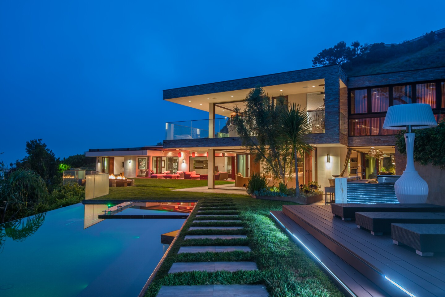 Reggie Bush's contemporary home in Pacific Palisades