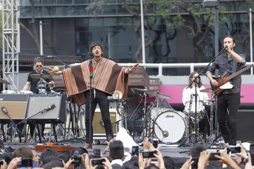 La banda mexicana Zoé volverá a tierras estadounidenses durante los meses de febrero y marzo de 2019 en una gira junto al grupo canadiense Metric, y en la que participará como invitados July Talk, según informaron hoy sus representantes. EFE/ARCHIVO