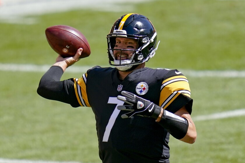 Pittsburgh Steelers quarterback Ben Roethlisberger passes against the Denver Broncos.