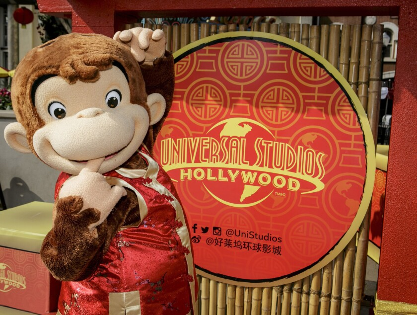 Curious George celebra en Universal Studios Hollywood