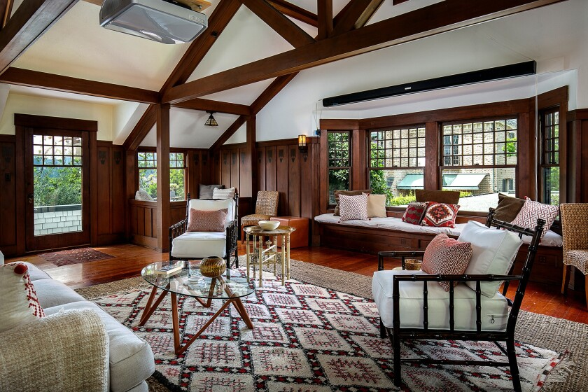 Home of the Week | An ode to New England's Shingle style