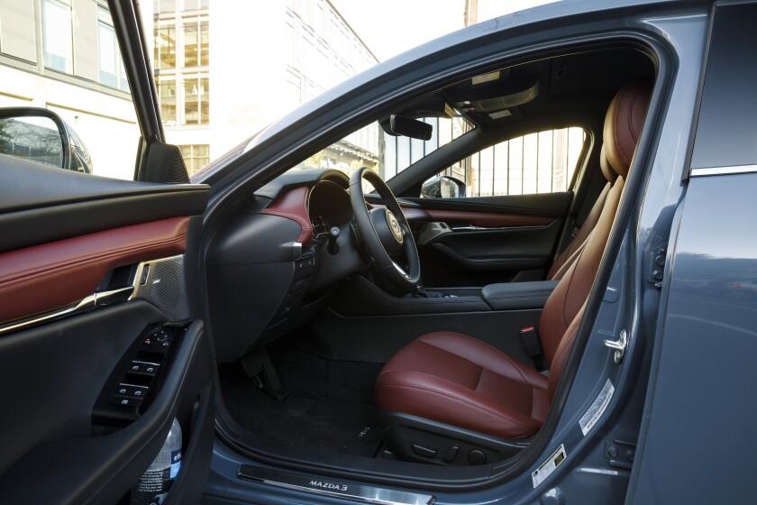 -Mazda3-DriverEntry.jpg
