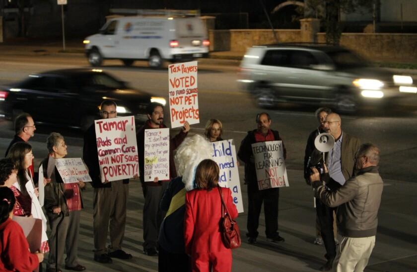 iPad protest