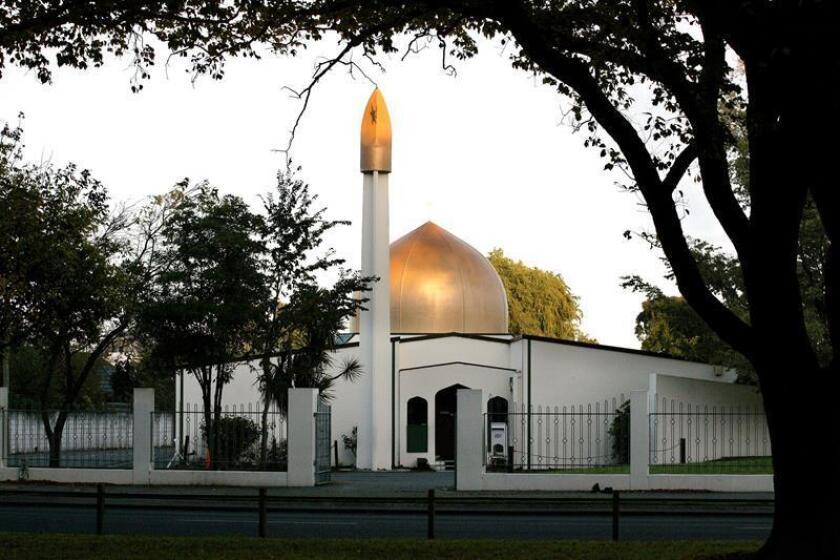 Fachada de la mezquita Masjid Al Noor en Deans Avenue, escenario de un tiroteo perpetrado este viernes en Christchurch, Nueva Zelanda. EFE/ Martin Hunter PROHIBIDO SU USO EN NUEVA ZELANDA
