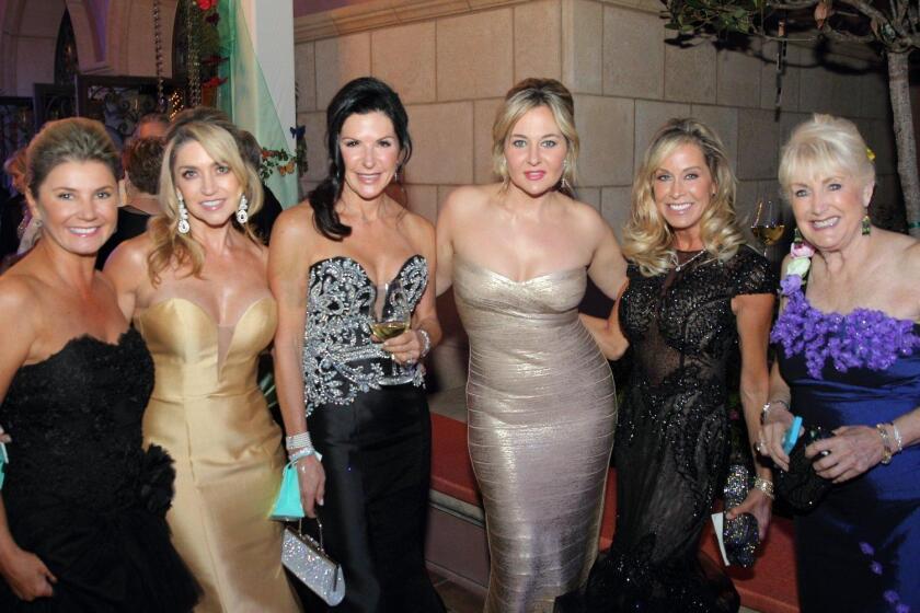Anna Houssels, Lisa Kendall La Torre, Andi Neugarten, Brittany Hahn, Carmen Close, Estela Lipschultz