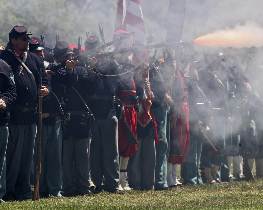 Civil War reenactors bring history to life in Huntington