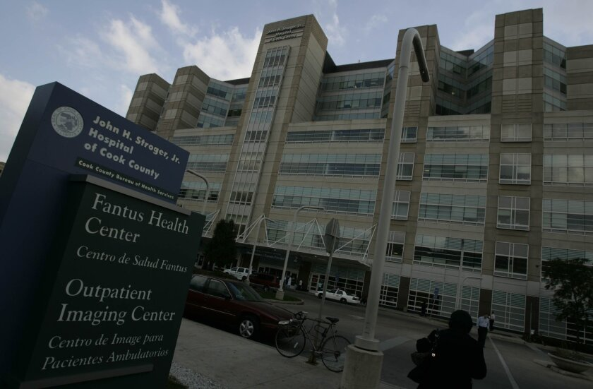 The federal government is looking into a lapse that exposed personal information of more than 700 patients at Cook County Health and Hospitals System.