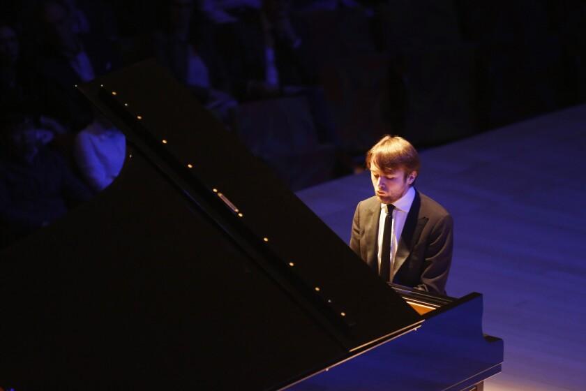 Daniil Trifonov wows the crowd at Walt Disney Concert Hall