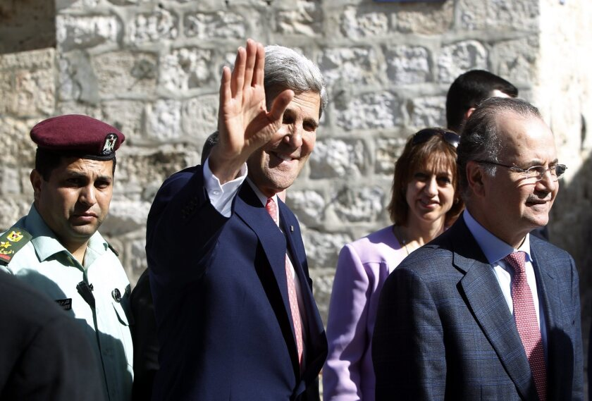 Secretary of State Kerry meets with Israeli, Palestinian leaders