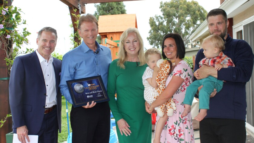 Steve Atkinson, anchor, Channel 10 News; Mitchell Thorp Foundation Founders Brad and Beth Thorp; Michelle and Blake Matthew with children Charlie and Nolen.