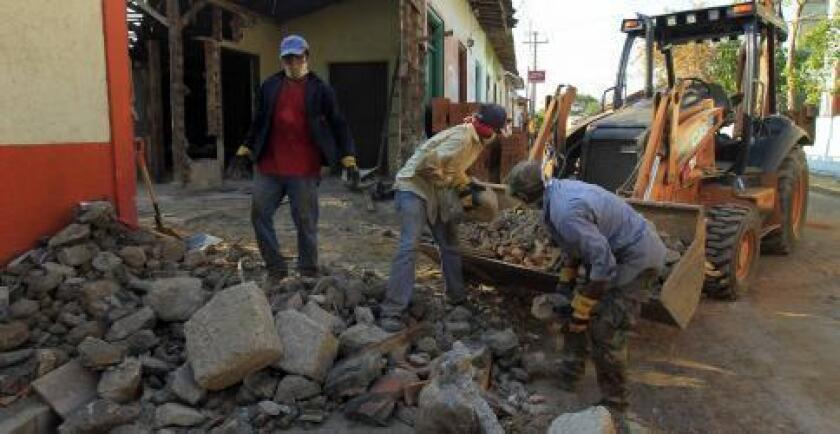 Dos temblores originados hoy en la falla geológica que destruyó Managua en 1972 obligaron al Gobierno de Nicaragua a extender la alerta roja.