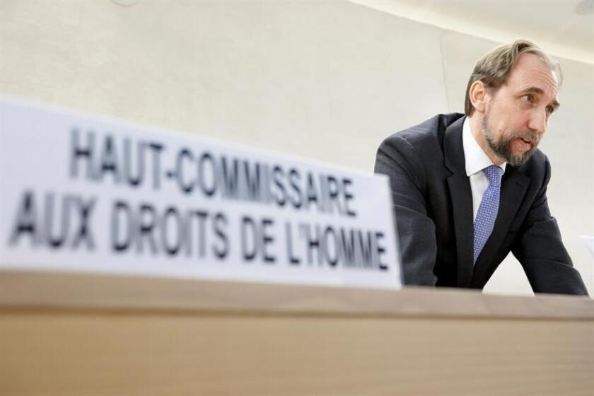 El alto comisionado de la ONU para los Derechos Humanos, Zeid Ra'ad al Hussein, hace una declaración durante la 27ª sesión especial del Consejo de Derechos Humanos. EFE