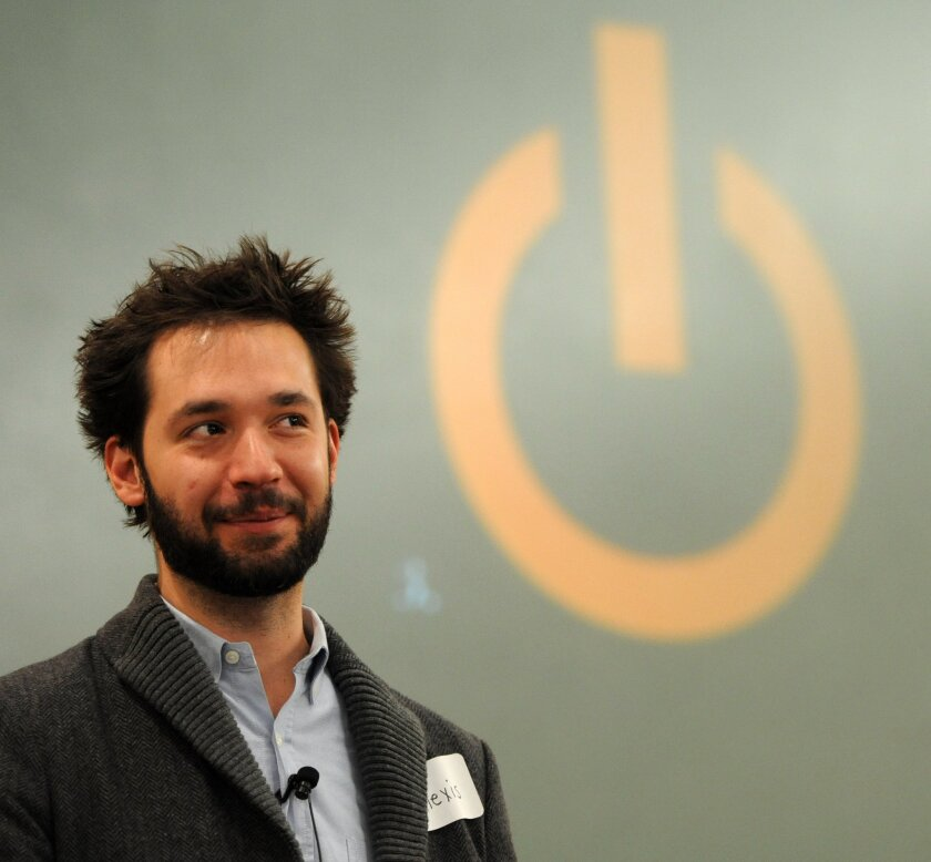 Reddit co-founder Alexis Ohanian has left the website's board of directors.