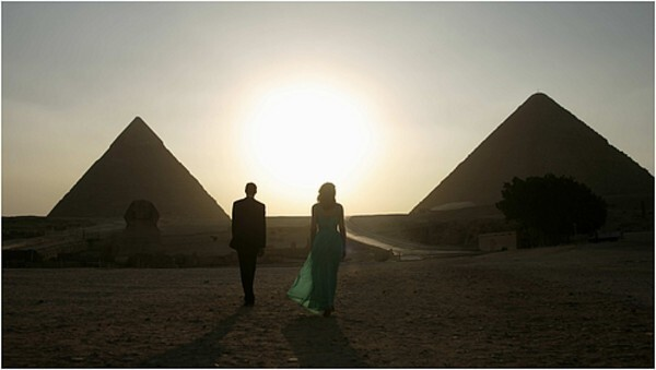 """By Stephen Farber, Special to the Los Angeles Times 'Cairo Time' will make you want to hop a plane to Egypt. Here are 10 more movies that inspire wanderlust. Ruba Nadda's """" Cairo Time,"""" which just opened, is a """"Brief Encounter""""-style love story about an American woman who meets an Egyptian man while her husband is away on business. Their subdued romance blossoms against the bustling backdrop of Cairo. While the film features fine performances by Patricia Clarkson and Alexander Siddig, its greatest achievement is its evocation of a Middle Eastern city that few Westerners have seen in such loving detail. Movies have often excelled at transporting us to exotic locales and immersing us in the sensations of cities we may not have visited or tantalizing us with a fresh glimpse of cities we think we know. Another movie opening this month, Ryan Murphy's """"Eat Pray Love,"""" based on Elizabeth Gilbert's bestselling memoir, aims to envelop audiences in the sights and sounds of Italy, India and Bali, where Gilbert felt her life rejuvenated. Ever since movies started shooting on location, this has been a primary appeal of the medium. """"Casablanca"""" may have evoked the North African casbah through clever art direction, but it was all shot on the Warners backlot. The picture continues to stir romantic fantasies but no longer inspires a sense of wanderlust."""