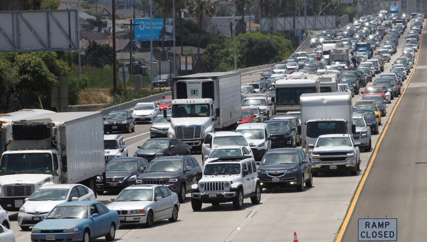 North I-5 lanes closed for more than 2 1/2 hours after man
